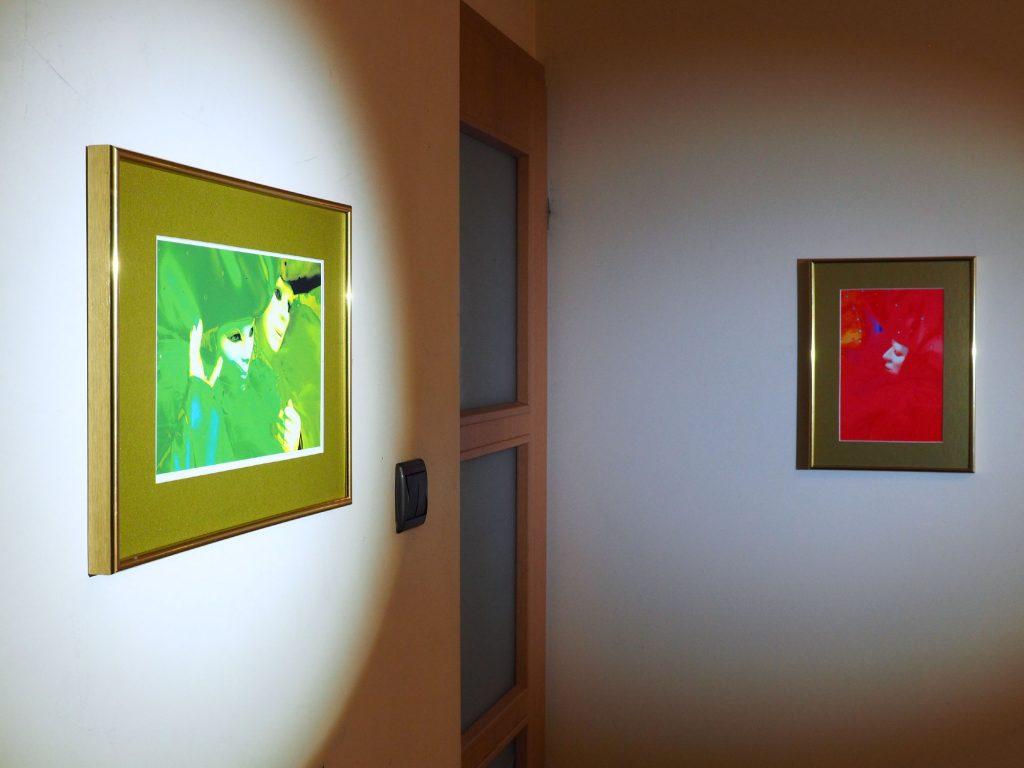 Maria Tehia SENSU ORCHIS at art gallery